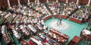 Tunus'ta Tartışmalı 'İdari Barış Yasası' Kabul Edildi
