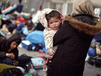 """""""60 Bin Mülteci Yunanistan'da Bekletiliyor"""""""