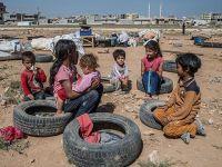 Suriye'ye Geri Dönme Umuduyla Sınırda Yaşıyorlar!