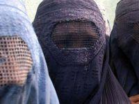 Almanya'da Memurlara Burka Yasağı