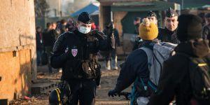 Sığınmacı Kampına Mahkeme Kararıyla Tuvalet İmkanı Verdiler