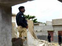 Pakistan'da Okula Saldırı