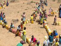 Kenya'da 300 Bin Kişi Bir Yudum Su Bekliyor!