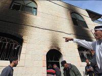 İsrailli Yerleşimciler Filistinli Aileye Ait Bir Evi Yaktı!