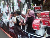 Arakan Müslümanlarına Yönelik Zulümler Endonezya ve Tayland'da Protesto Edildi