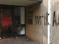 PKK'lılar Almanya'da Türkiyelilere Ait Binalara Saldırdı!