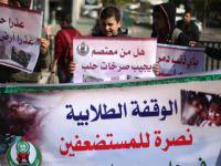 Gazze Halkı Halep'teki Kuşatma ve Katliamları Protesto Etti!