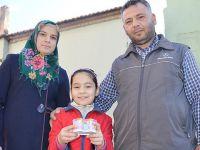 8 Yaşındaki Nesibe Biriktirdiği Harçlığını Halep'e Gönderdi!