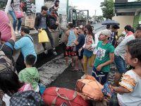 Filipinler'de Tayfun: 76 Bin Kişi Tahliye Edildi