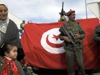 Tunus'ta OHAL Bir Ay Daha Uzadı