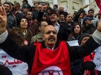 AB, Tunus'un Devrik Diktatörü Bin Ali'ye Yönelik Yaptırımın Süresini Uzattı