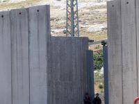 """İşgalci İsrail """"Ayrım Duvarı""""nı İnşa Etmeye Devam Ediyor!"""