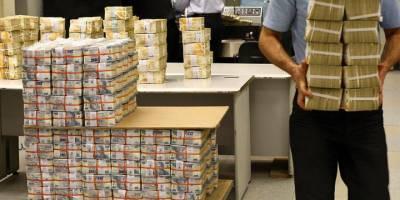 Dolar 7 günde yüzde 10 düştü, TL 19 yılın rekorunu kırdı