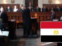 Mısır'da Darbe Karşıtı 25 Öğrenciye Hapis Cezası