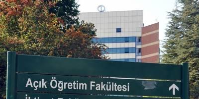"""Açıköğretim """"İkinci Üniversite"""" Kayıtları 5 Ekim'e Uzatıldı"""
