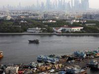 İran BAE'ye Ait İki Tekneye El Koydu