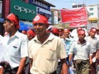 Mynmarlı Faşistler Arakanlı Müslümanlar Aleyhine Yürüdü