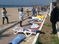 Kuşadası'nda Göçmenleri Taşıyan Bot Battı: 11 Ölü