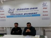"""Tatvan Özgür-Der'de """"İnsanın Anlam Arayışı"""" Konuşuldu"""