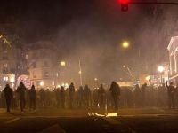 Paris'te 'Polis Şiddeti Protestosu'na Müdahale