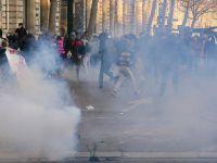 Fransa'da Polis Şiddeti Protestoları Devam Ediyor