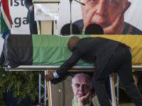 Güney Afrika'nın Simge İsmi Kathrada Defnedildi