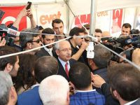 """Kılıçdaroğlu Gaziantep'te """"Evet"""" Çadırını Ziyaret Etti"""