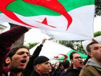 Cuntanın Karanlığa Gömdüğü Cezayir'de Seçim Neyi Değiştirecek?