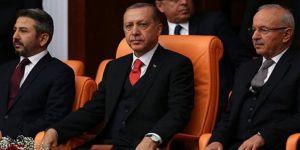 Erdoğan'ın AK Parti Genel Başkanlık Koltuğunu Mayıs'ta Devralması Bekleniyor