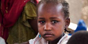 Güney Darfur'da On Binlerce Çocuk Yetim Kaldı!