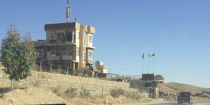 """PKK'nın Sincar'daki """"Irak Bayrağı"""" Oyunu!"""