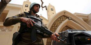 BM Darbeci Sisi'yi Fırçaladı!