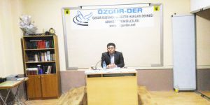 """Akhisar Özgür-Der'de """"Modern Dünyada Özgürlük ve Sınırları"""" Konuşuldu"""