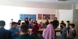 Hasköy'de İmam Hatipli Öğrenciler Suriyeli Kardeşleri İçin Kermes Yaptı