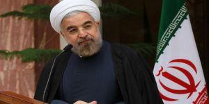 İran Halkı Ruhani ile Yola Devam Dedi