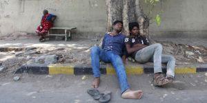 Hindistan'da Aşırı Sıcaklar 167 Can Aldı!