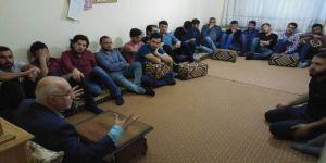 Hamza Türkmen Erzurumlu Gençlerle Sohbet Etti