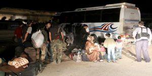 Rejim Kuşatmasındaki Berze'den Tahliyeler Sürüyor