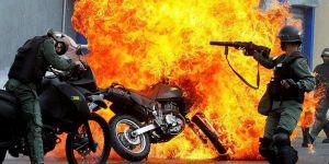 Maduro Protestolardan ABD'yi Sorumlu Tutuyor!