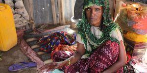 Etiyopyalı Ayrulafa Kabilesinin İftarı Yoğurt ve Ekmek