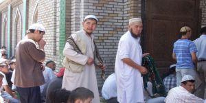 Kırgızistan'da Sokakta İslami Davet Yasaklanıyor