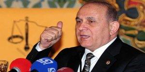 Burhan Kuzu CHP'yi Darbe Davasını Sulandırmakla Suçladı