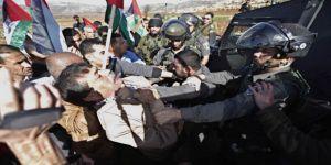 Ramallah'ta İşgalci İsrail Askerlerine Tepki
