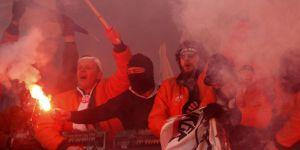 Mâbedleri, Rahibleri, İnananları ve Savaşçılarıyla, 'Futbol Dini'..