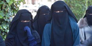 Norveç Okullarda Burka ve Peçeyi Yasakladı!