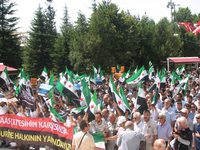 10_08_2012_fatih_camii_osman_karahan_cenaze_namazi-(10).jpg