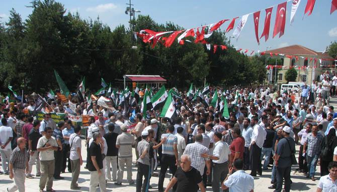 10_08_2012_fatih_camii_osman_karahan_cenaze_namazi-(13).jpg