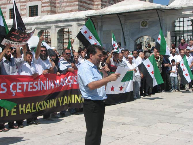 10_08_2012_fatih_camii_osman_karahan_cenaze_namazi-(8).jpg