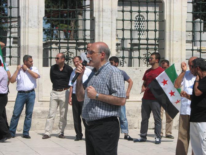 10_08_2012_fatih_camii_osman_karahan_cenaze_namazi-(9).jpg