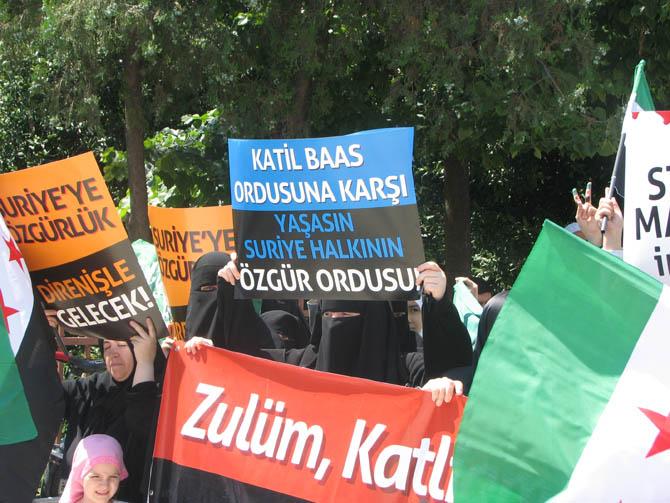 10_08_2012_fatih_camii_osman_karahan_cenaze_namazi-16).20120810162308.jpg